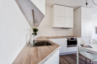 maKa architekci white flat